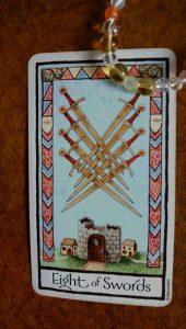 タロットカード 剣の8