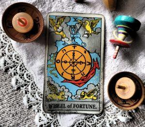 タロットカード:運命の輪