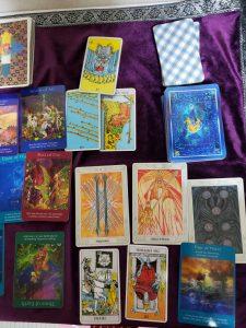 タロットカード:12覚醒、水の8、火の2、空の7、1魔術師、火の王