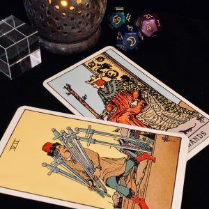 タロットカード:ソードの7の正位置、ワンドのキングの正位置