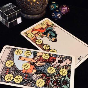 タロットカード:ペンタクルスの10の正位置、ペンタクルスの8の逆位置