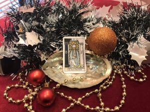 タロットカード:女教皇の逆位置