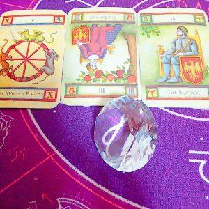 タロットカード:運命の輪、皇帝