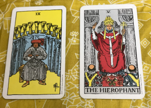 タロットカード:カップ9、法王