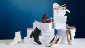 5月生まれのラッキーアイテム:ローズピンクやレザー素材の靴・洋服