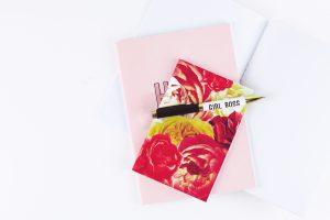8月のラッキーアイテム:赤の文房具