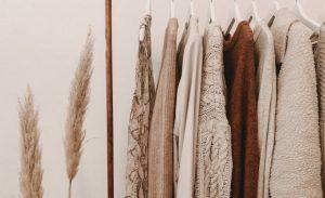 9月生まれのラッキーアイテム:茶色をファッションにプラス