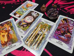 オリジナルカード:力、金貨のエース、審判の逆位置、棒6の逆位置、死神