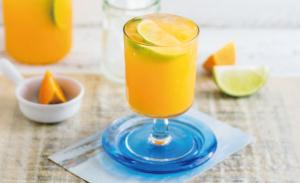 10月生まれのラッキーアイテム:フレッシュなオレンジジュース