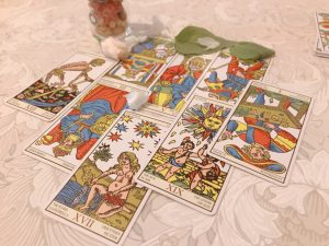 タロットカード:死神、魔術師