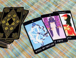 タロットカード:運命の輪、法王