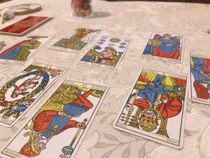 タロットカード:力、女教皇